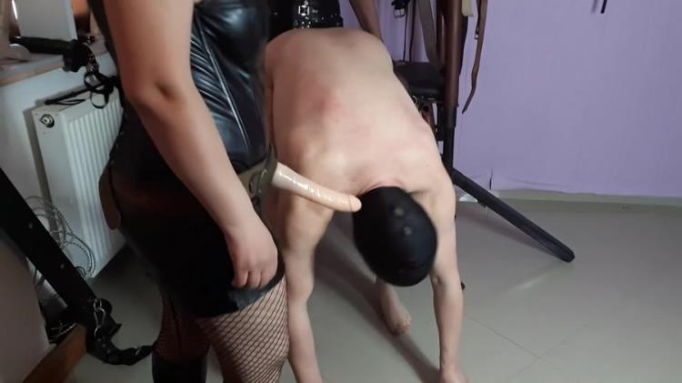 GoddessAndreea - Goddess Andreea and friend dirty poo humiliation - FullHD - Scatshop (2021)
